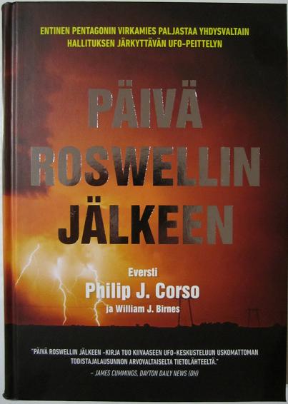Päivä Roswellin jälkeen (The Day After Roswell) kirjan kansikuva.