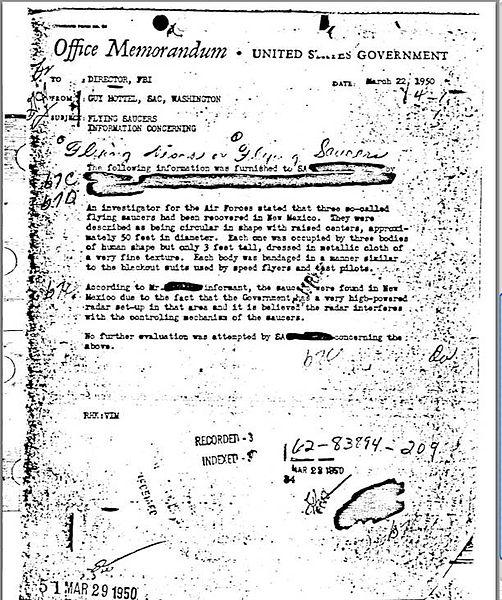 FBI:n johtajalle lähetetyssä muistiossa viitataan lentävien lautasten talteenottoihin.