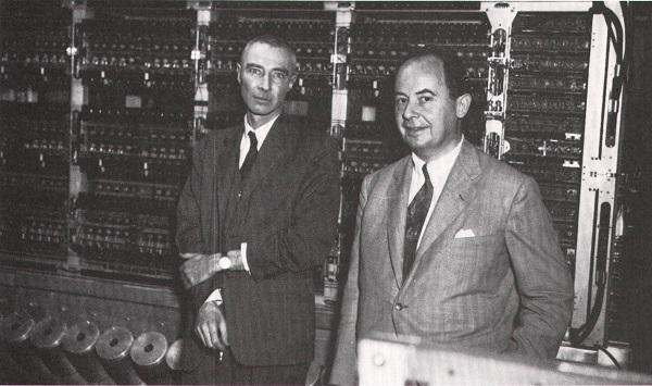 Robert Oppenheimer ja John von Neumann