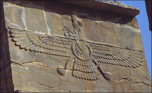 Ahura Mazda -reliefi.