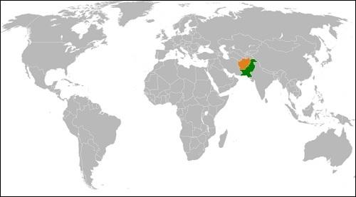 Pakistan ja Afganistan sekä niiden välinen raja.