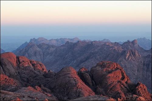 Siinainvuori eli Mooseksen vuori Siinailla Egyptissä.