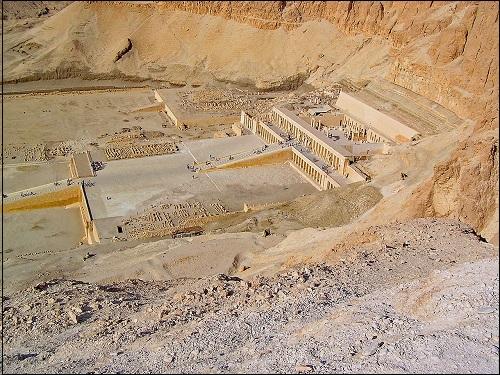 Egyptin muinainen pääkaupunki Theba.