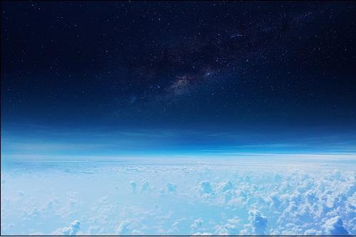 Stratosfääri eli yläilmakehä.