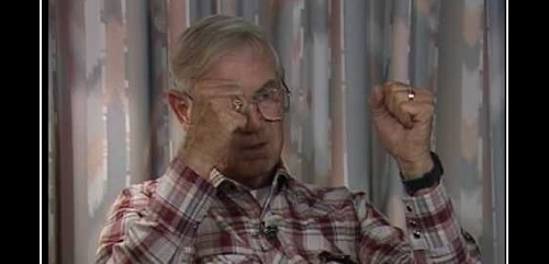 Roswell-todistaja Glenn Dennis työskenteli vuonna 1947 Ballardin hautaustoimistossa Roswellissa.