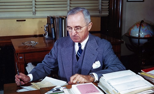 Yhdysvaltain presidentti Harry S. Truman.
