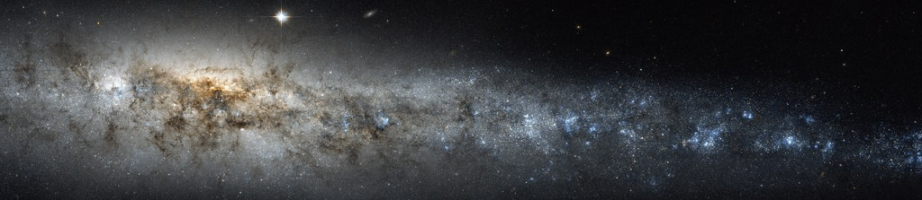 Opi pelinä maailmankaikkeuden käsitteitä.